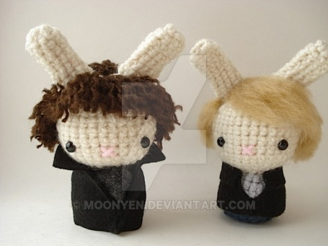 sherlock_and_watson_moon_buns_by_moonyen-d46besl
