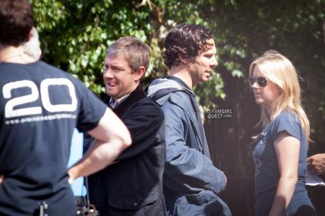 benedict-cumberbatch-martin-freeman-filming-sherlock-cardiff-9339